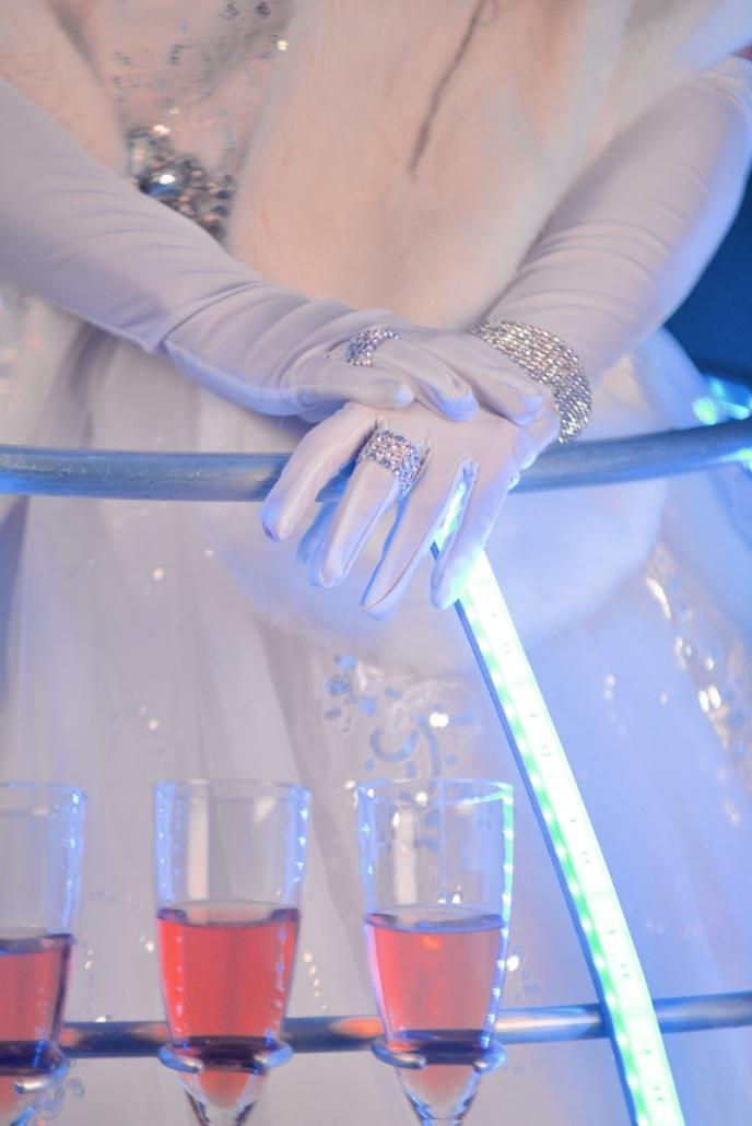 Robe à champagne Bijoux Reine des neiges - Agence Butterfly