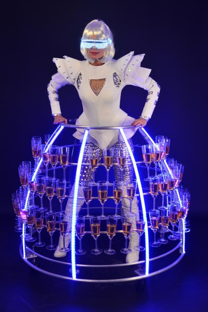 Robe à champagne tenue futuriste - Agence Butterfly