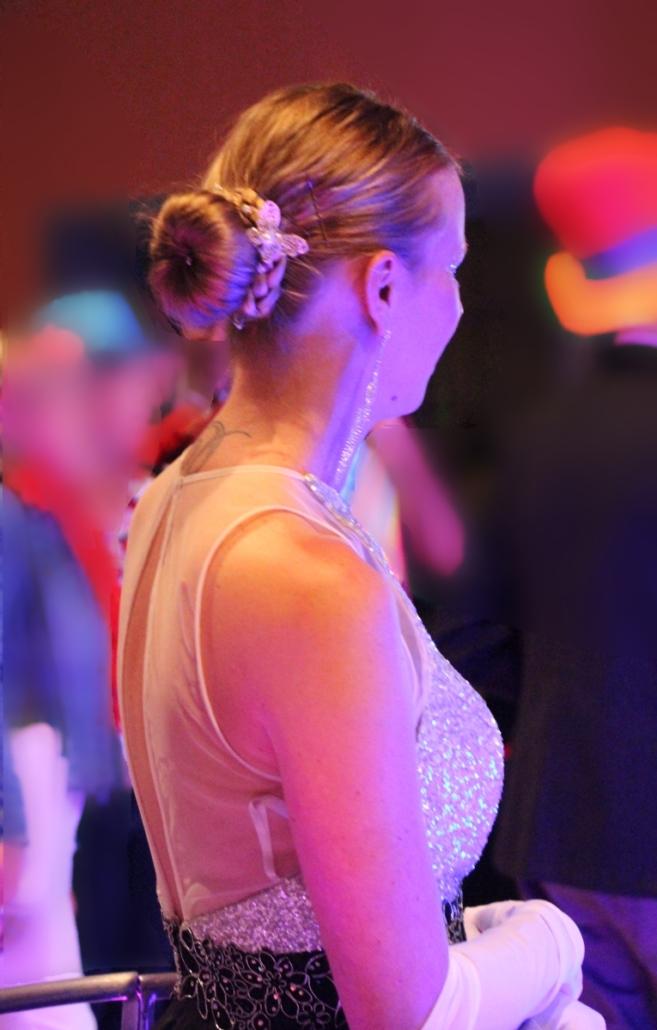 Chinion robe à champagne tenue de gala - Agence Butterfly