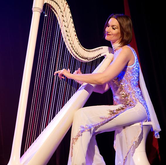 Une harpiste proposée par Agence Butterfly