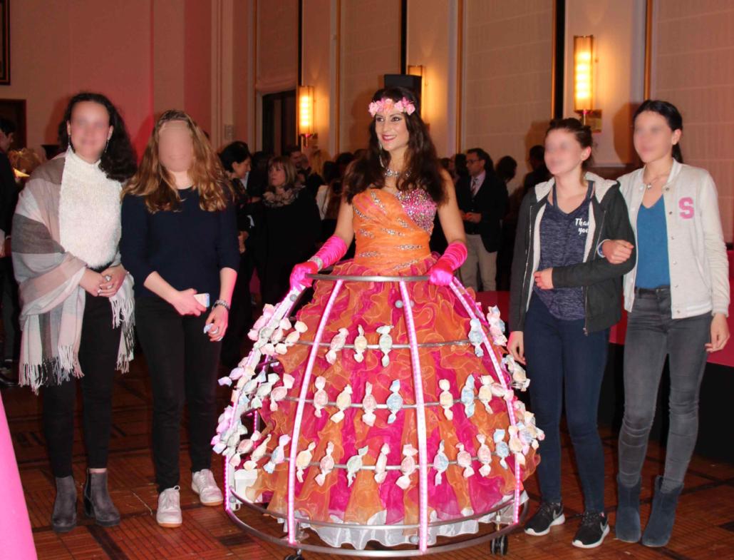 Robe à bonbons - candy bar par agence Butterfly - tenue rose pour robe à champagne